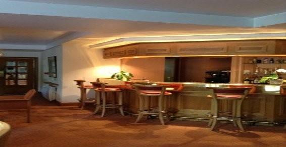 Les Hesperides Hotel De Ville Nogent Sur Marne